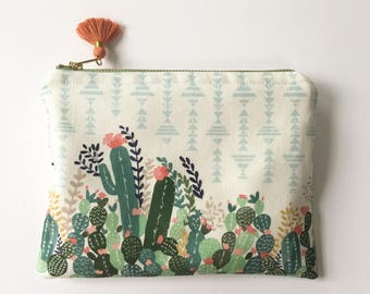 Cactus Roller Clutch / Cactus Oil Bag / Oil Travel Bag / Oil Clutch / Cactus zipper clutch / Roller bottle bag