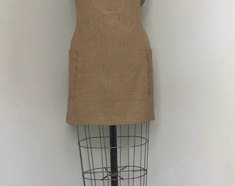 Hunting and Gathering Vintage Houndstooth Dress// Vintage Houndstooth Tie-Back Dress with Side Pockets (M/L)