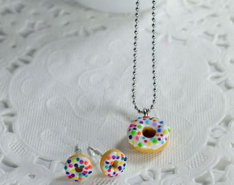 Set necklace and earrings donuts. Chips donuts, gourmet gem, creating polymer clay, cute jewelry with miniature food