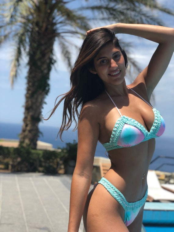 top Celebrity Swimwear knitted swimsuit New swimwear break bikini Triangle bikini sexy summer bikini brazilian bottom set colorful FwxgpqfO