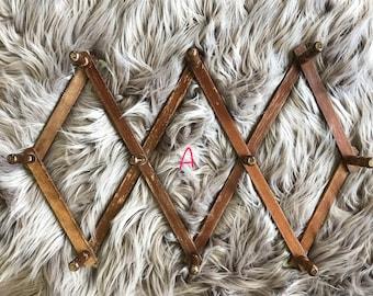 Accordian peg rack, Coffee mug rack, Wood peg rack, Hat rack, Jewelry organizer, Wall coat rack wood, Boho decor bedroom, Laundry room decor