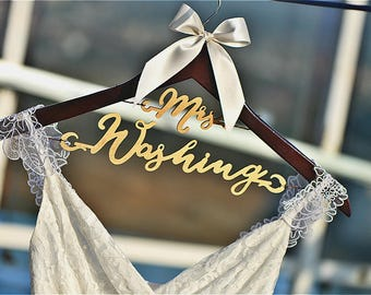 Bridal Hanger with Wood Name, Personalized Wedding Hanger, Bridal Shower Gift, Custom Bride Hanger Laser Cut Gift for Bride & Groom