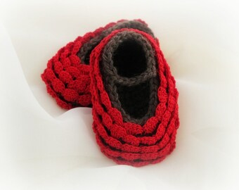 3-6 Months Baby Booties. Red. Ruffled.