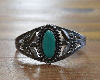 Vintage Sterling Silver and Green Turquoise Bracelet