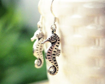 Beach Wedding Jewelry, Mermaid Earrings, Seahorse Earrings, Little Seahorse Earrings, Nautical Jewelry, Beach Lover Gift, Sealife Jewelry