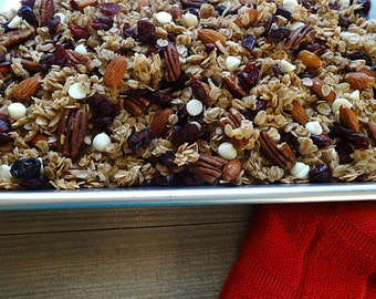 Cranberry White Chocolate Granola Blend
