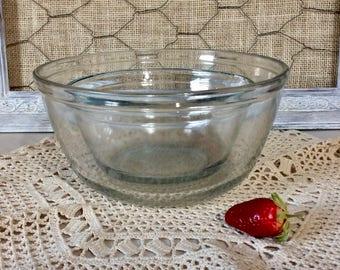 Vintage Anchor Hocking Clear Glass Nesting Mixing Bowls, Set of 2, 1 quart & 2 1/2 Quart