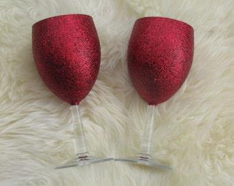 Two red glitter wine glasses perfect gift present valentine birthday bestie