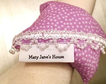 Wrist pincushion , wrist pin cushion , sewing pincushion , handmade pincushion , pin cushion , hands free pincushion