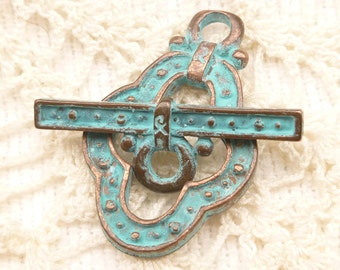 Large Guinevere Patina Toggle Clasp, Mykonos Casting  (1 set) - M47 - X2777