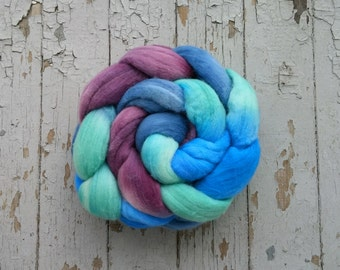 Merino Hand Dyed Roving (Combed Top) Hand Painted 4 oz - Jewel of the Sea