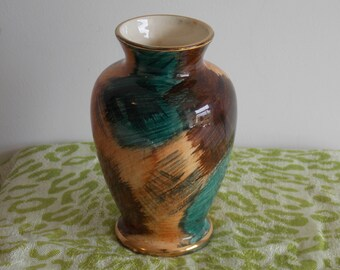 An Oldcourt Ware Hand Painted vintage vase.