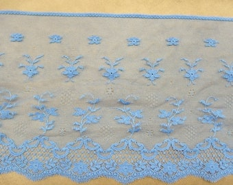 Lace of calais - blue bright 18 cm wide