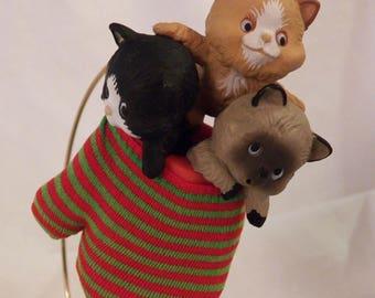 """1984 Hallmark """"Three Kittens in a Mitten"""" ornament - QX4311"""