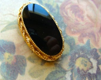 Beautiful Vintage Inlaid Filagree Genuine Black Onyx Gothic Brooch