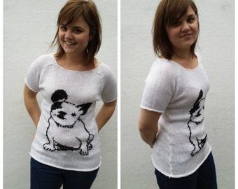 White knit t-shirt with bulldog, OOAK, bulldog shirt, bulldog sweater, dog sweater, white t-shirt, knit t-shirt, knit bulldog, dog shirt