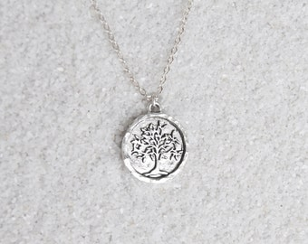Silver disc tree necklace