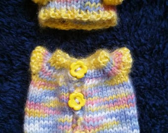 "Hand Knitted Dolls Clothes for 8""  OOAK  Doll (#0005 )"