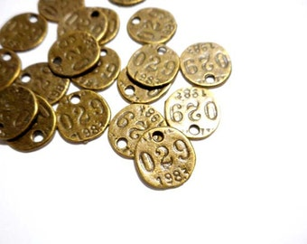 10 Antique Bronze Vintage Style Tag Charms - 27-6-2