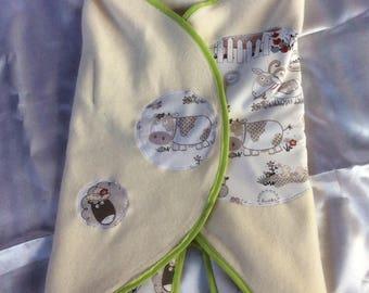 Babynomade 'farm animals' organic cotton fleece