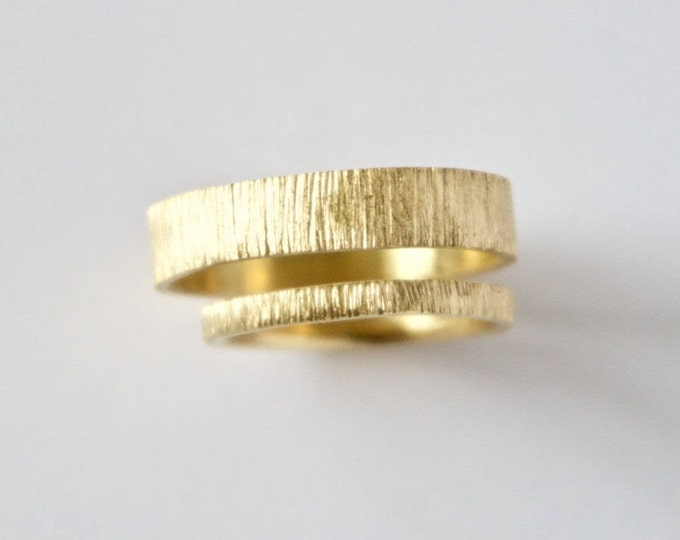 Featured listing image: Wedding Ring Set - Two Tree Bark Bands  - 18 Carat Gold