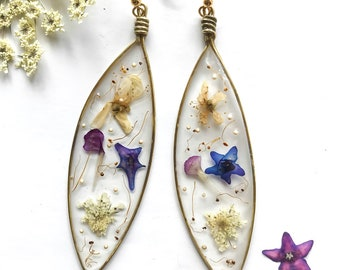 Pendant earrings with real flowers and spring petals-botanical jewels-real flowers-natural inspirations-women who love nature