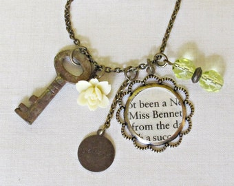 Jane Austen Charm Necklace - Pride and Prejudice Elizabeth Bennet Yellow - Beaded Skeleton Key Vintage Jewellery Jewelry - For Women Floral