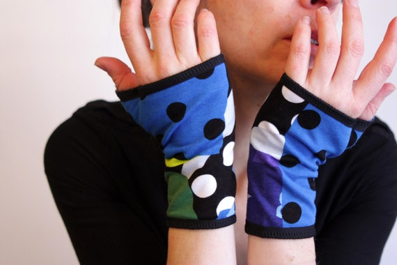 Glove/cuff with patterns graphic polka dot stripe flowers blue/green Cotton Jersey