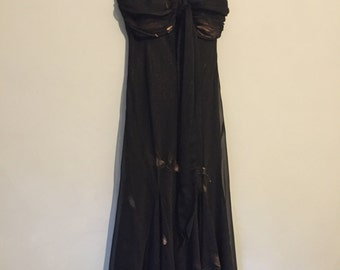Silky Black 1970s Disco Dress- Spaghetti Straps -  Ruched Bust - Figure Flattering - Medium - Flowing Black Gold Dress