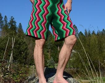 Crochet Shorts Longboard Forest Green on Pink XXL