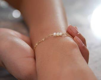 Freshwater Pearl Bracelet • Dainty Gold Bracelet • Stacking Gold Bracelet • Layering Pearl Bracelet • Minimalist Jewelry • Gift for Her