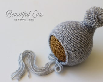 Knitting Pattern - Pom Pom Pixie Bonnet - Newborn Photography Prop