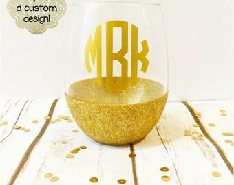 Personalized Monogram Initials Stemless Glitter Wine Glass // Stemless Wine Glass // Glitter Glass // Monogram Initials