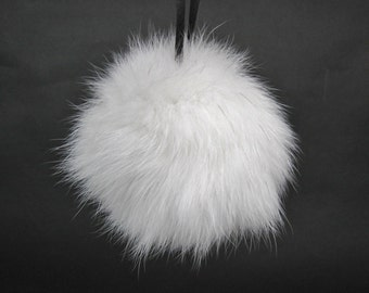 White Shadow Fox Fur Pompom (1267-SFNA)