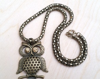 Watcher in the Woods- Vintage Antiqued Brass Owl Pendant Necklace