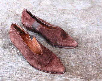 womens brown suede flats - lkow heel western shoe - US size 5 5.5 - UK 3 3.5 - EU 35.5 36