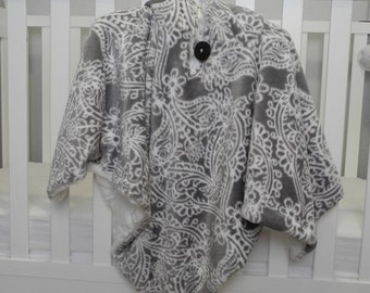 Luxury Baby Car Seat Poncho. Sew Lush ultra soft gray floral fleece lined with white faux fur. ColvinCozies.
