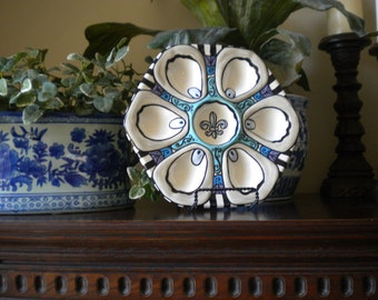 Half Dozen Fleur de Lis Oyster Plate in Blue
