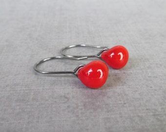 Poppy Red Drop Earrings Oxidized Silver, Red Earrings, Small Wire Dangle Earrings Red Glass, Sterling Silver Oxidized Earrings, Red Lampwork