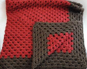 granny square crochet baby blanket/afghan/nursery/baby shower gift