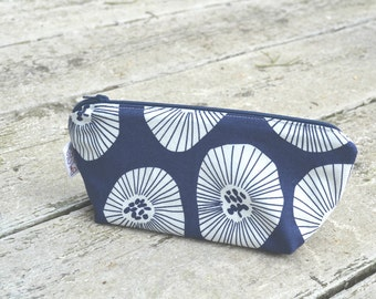 Pencil Case Make up bag Makeup bag Mother's Day gift Gifts for her Gift for mom Bridesmaid gift Gifts for sisters Coworker gifts