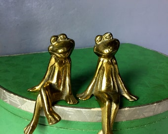 "Vintage Pair of Solid Brass ""Sitter"" Frogs"