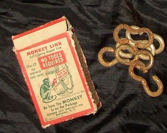 1948 CHAIN REPAIR, box, Monkey Link, no tools required, cute graphics..similar just featured on American Pickers