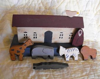 primitive wooden Noah's ark, vintage Noah's Ark,