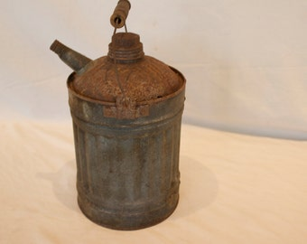 Antique Vintage Tin Oil Can - FREE SHIPPING!