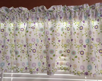 """Buds & Blossoms Window Valance ~ 63"""" Wide"""