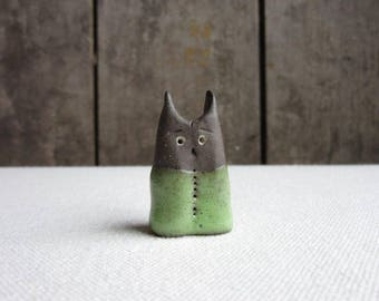 Miniature Owlish Cat,Ceramic Cat Figurine,Handmade Pottery Stoneware Cat Figurine,Cat Lovers Gift,Terrarium Animal,Totem,Small Primitive Cat