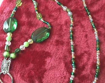 Beaded lanyard green