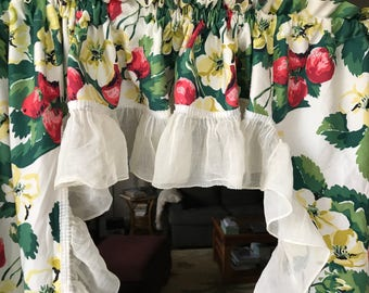 Vintage Window Curtains 50s Florals with Sheer Ruffles Bright Flowers Fruit Curtain Panels Vintage Home Decor Botanical Design Strawberries