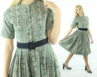 Vintage 50s Novelty Dress Needlepoint  Short Sleeve Cotton Pleated Skirt Button Up Shirt Waist Fit and Flare 1950s XXS XX-Small Countrwise